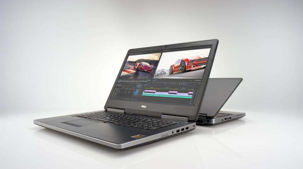 Model Precision 17 7720, jak każdy typowy laptop, spokojnie mieści się w walizce lub plecaku